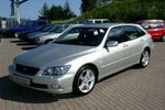 Lexus IS SportCross 4 дв. седан 2001 – 2005