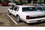 Lincoln Town Car 4 дв. седан 1990 – 1997