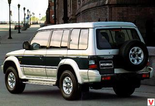 Mitsubishi Pajero 1991 год