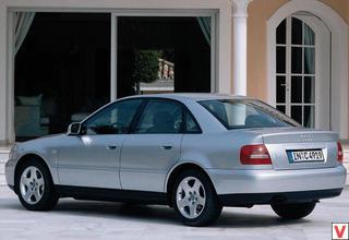 Audi A4 1999 год