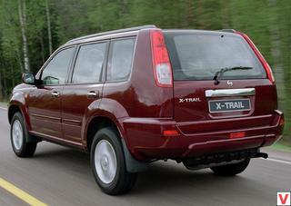 Nissan X-Trail 2002 год