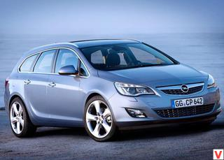 Opel Astra 2011 год