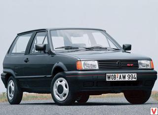 VW Polo 1990 год