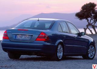 Mersedes E-class 2002 год