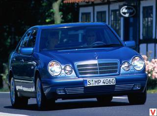Mersedes E-class 1996 год