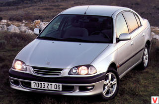 Toyota Avensis 1997 г.