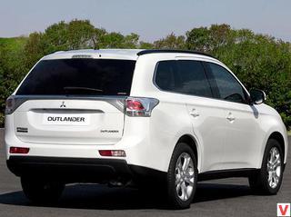 Mitsubishi Outlander 2012 год