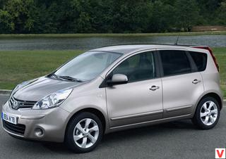 Nissan Note 2010 год