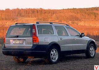 Volvo XC70 2002 год